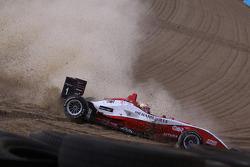 Jules Bianchi, ART Grand Prix Dallara F308 Mercedes crashes