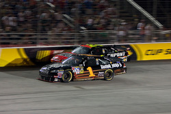 Martin Truex Jr., Earnhardt Ganassi Racing Chevrolet and Jeff Gordon, Hendrick Motorsports Chevrolet