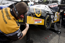 The Northern Tool crew works on Erik Darnell's car