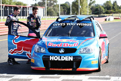 Daniel Ricciardo, Red Bull Racing guida una V8 Supercar con  Jamie Whincup, Triple Eight Race Engineering