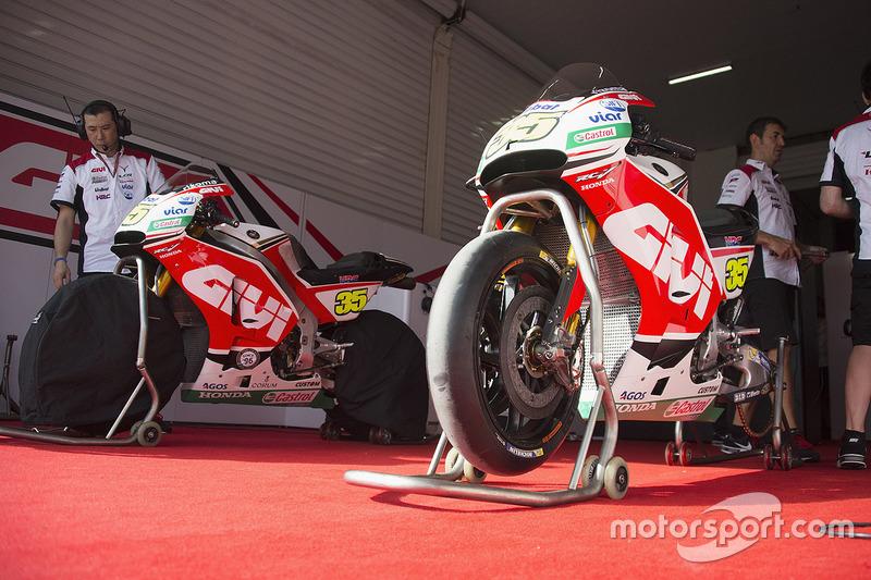 Team LCR Honda team area