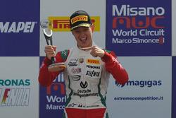 Mick Schumacher, Prema Powerteam, festeggia la vittoria sul podio