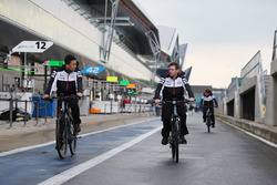 Kazuki Nakajima und Anthony Davidson, Toyota Racing