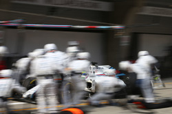 Felipe Massa, Williams FW38 pit stop