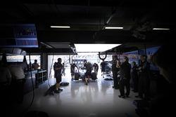 Ambiance in the Mercedes AMG F1 Team garage