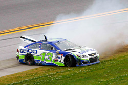 Crash von Casey Mears, Germain Racing Chevrolet