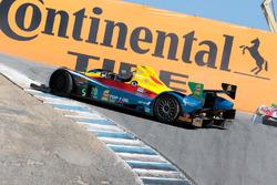 #20 BAR1 Motorsports ORECA FLM09: Johnny Mowlem, Matthew McMurry spin
