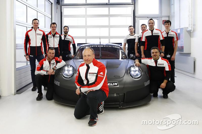 Porsche stellt seinen GTE-Sportwagen für 2017 vor