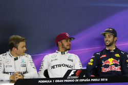 Pressekonferenz: Nico Rosberg, Mercedes AMG F1; Lewis Hamilton, Mercedes AMG F1; Daniel Ricciardo, Red Bull Racing