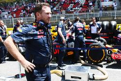Кристиан Хорнер, руководитель Red Bull Racing   на стартовой решетке