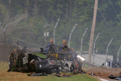 Major crash for #9 Patron Highcroft Racing Acura ARX-02a Acura: David Brabham, Scott Sharp, Dario Franchitti