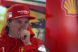 Kimi Raikkonen, Scuderia Ferrari, yawning