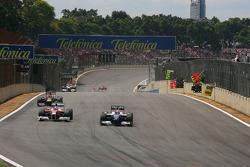 Kamui Kobayashi, Toyota F1 Team and Kazuki Nakajima, Williams F1 Team