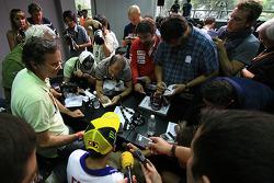 Post-qualifying press conference: pole winner Valentino Rossi, Fiat Yamaha Team
