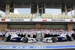 Nick Heidfeld, BMW Sauber F1 Team, Christian Klien, Test Driver, BMW Sauber F1 Team, Willy Rampf, BMW-Sauber, Technical Director, Dr. Mario Theissen, BMW Sauber F1 Team, BMW Motorsport Director, Robert Kubica, BMW Sauber F1 Team