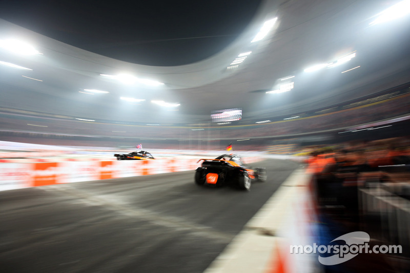 Final, race 1: Michael Schumacher and Jenson Button