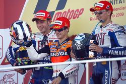 Podium : le vainqueur Dani Pedrosa, Repsol Honda Team, le deuxième Valentino Rossi, Fiat Yamaha Team, le troisième Jorge Lorenzo, Fiat Yamaha Team