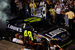 Championship victory lane: 2009 and 4th time NASCAR Sprint Cup Series champion Jimmie Johnson