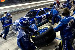 Pit stop for Kurt Busch, Penske Racing Dodge