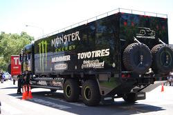 Team Gordon service truck
