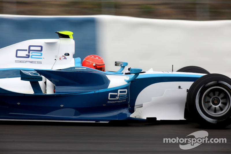 Міхаель Шумахер тестує болід GP2