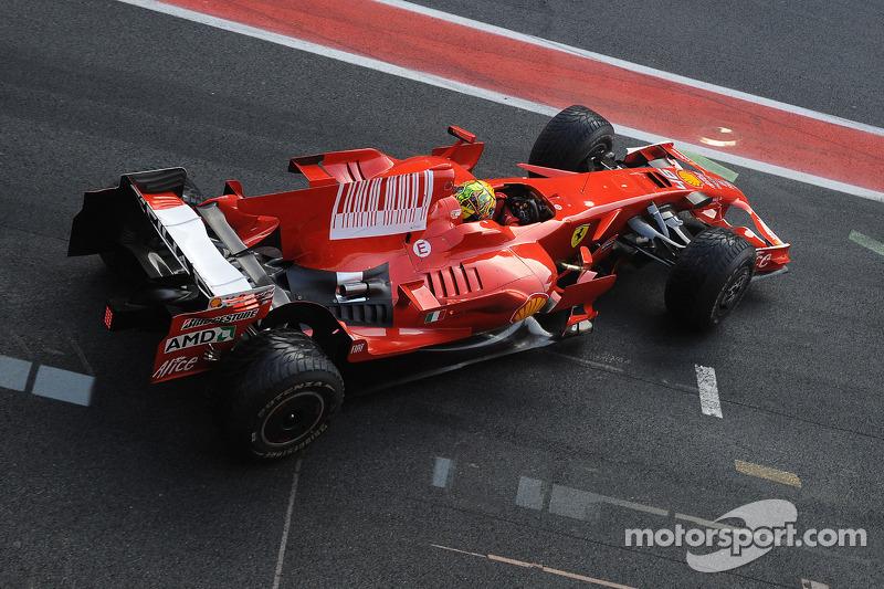Valentino Rossi tests the Ferrari F2008