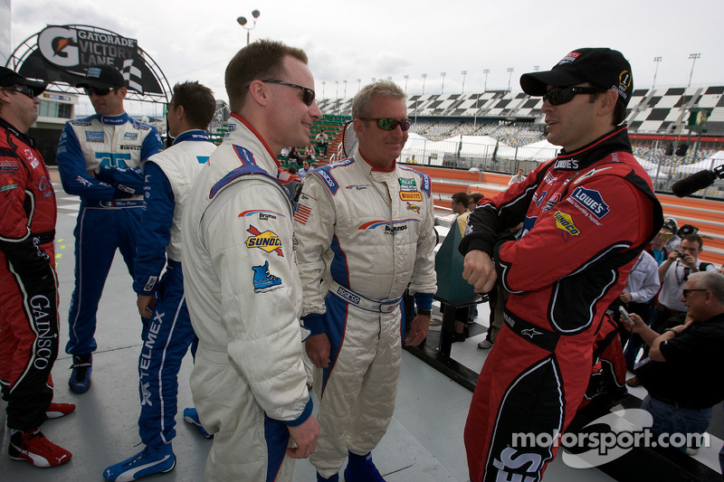 David Donohue, Hurley Haywood et Jimmie Johnson
