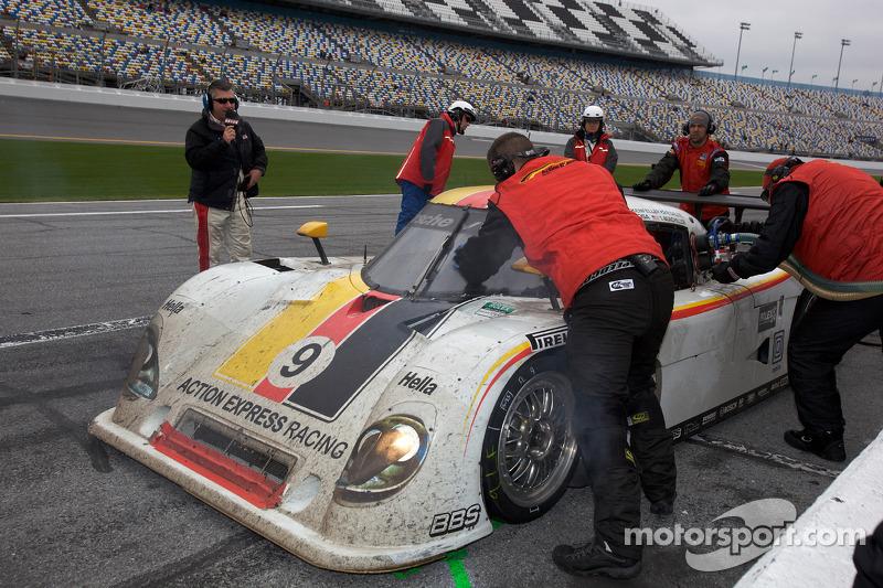 Dernier passage aux stands pour#9 Action Express Racing Porsche Riley: Joao Barbosa, Terry Borcheller, Ryan Dalziel, Mike Rockenfeller