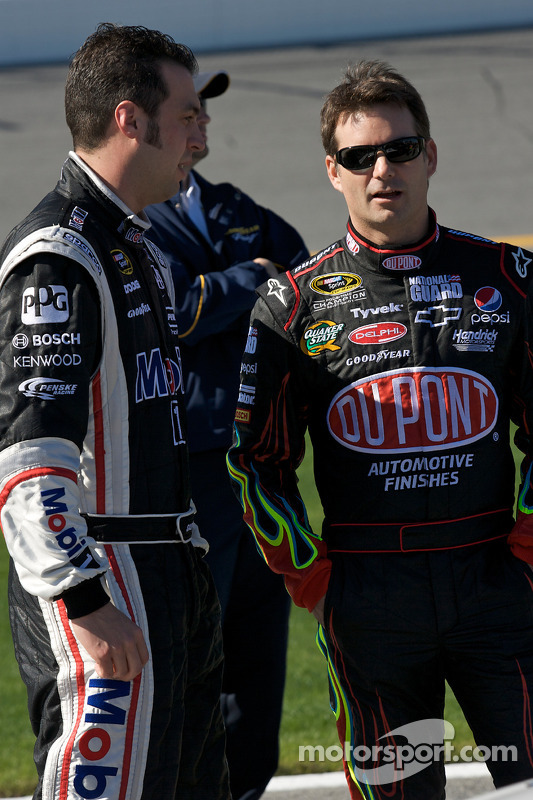 Sam Hornish Jr., Penske Racing Dodge en Jeff Gordon, Hendrick Motorsports Chevrolet