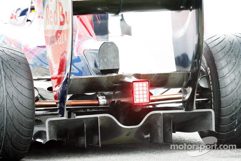 Sebastien Buemi, Scuderia Toro Rosso rear diffuser
