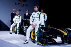Lotus pilotu s,Heikki Kovalainen, Jarno Trulli ve Farius Fauzy