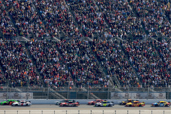 Mark Martin, Hendrick Motorsports Chevrolet and Kasey Kahne, Richard Petty Motorsports Ford battle for the lead
