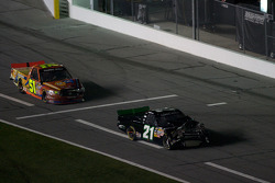 Donny Lia and Aric Almirola on pit road with damage