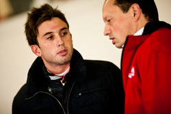 Pedro Nunes with Frederic Vasseur