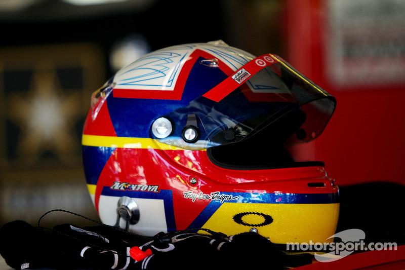Le casque de Juan Pablo Montoya, Earnhardt Ganassi Racing Chevrolet