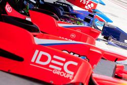 Arden International and Super Nova Racing body work