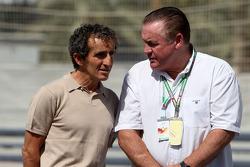Alain Prost, 1985, 1986, 1989 and 1994 F1 World Champion, Alan Jones, 1980 F1 World Champion