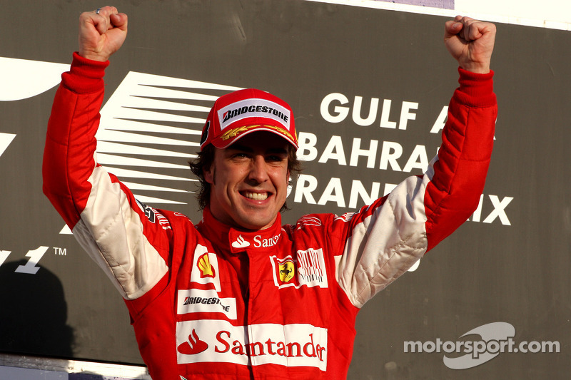 Подіум: переможець Фернандо Алонсо, Ferrari