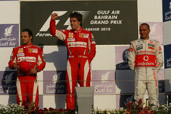 Podium: race winner Fernando Alonso, Scuderia Ferrari, with second place Felipe Massa, Scuderia Ferrari, and third place Lewis Hamilton, McLaren Mercedes