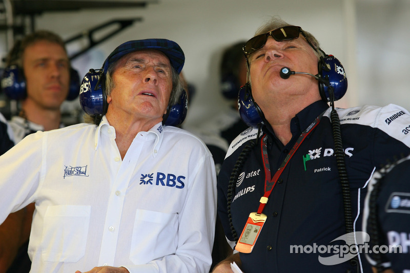 Sir Jackie Stewart, RBS vertegenwoordiger en oud-wereldkampioen F1 met Patrick Head, WilliamsF1 Team, Director of Engineering