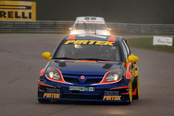 Andrew Jordan Pirtek Racing Vauxhall Vectra leads Tom Chilton Team AON Ford Focus