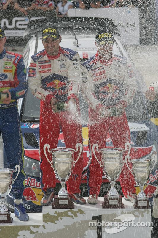 Podium : les vainqueurs Sébastien Loeb et Daniel Elena