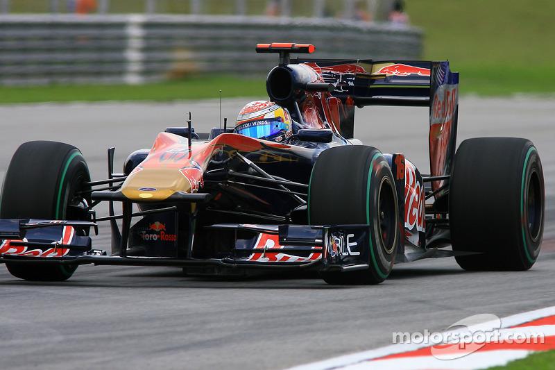 2010: Toro Rosso STR5 (одно восьмое место, 9-е место в КК)