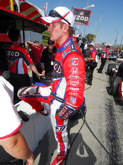Ryan Hunter-Reay after practice