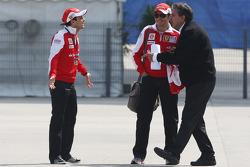 Felipe Massa, Scuderia Ferrari, Giancarlo Fisichella, Test Driver, Scuderia Ferrari, Pasquale Lattuneddu, FOM, Formula One Management