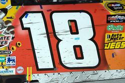 Victory lane: de winnende wagen van Kyle Busch, Joe Gibbs Racing Toyota