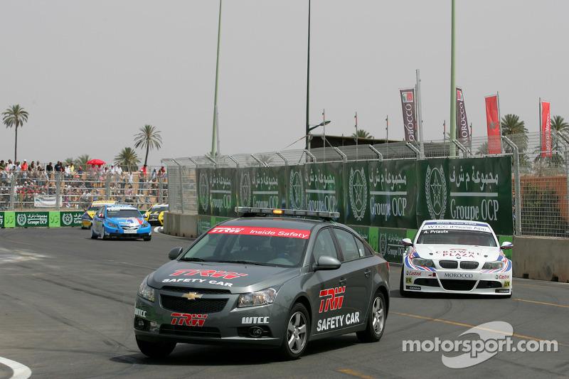 Safety car voor Andy Priaulx, BMW Team RBM, BMW 320si