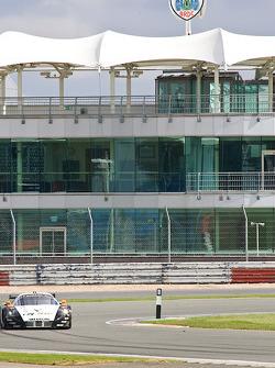 #33 Triple H Team Hegersport Maserati MC12: Altfrid Heger, Alexandros Margaritis