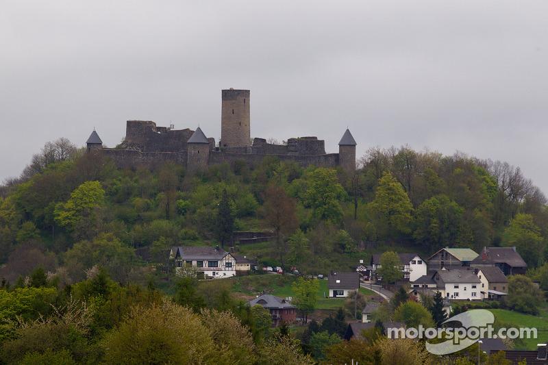 kasteel Nùrburg