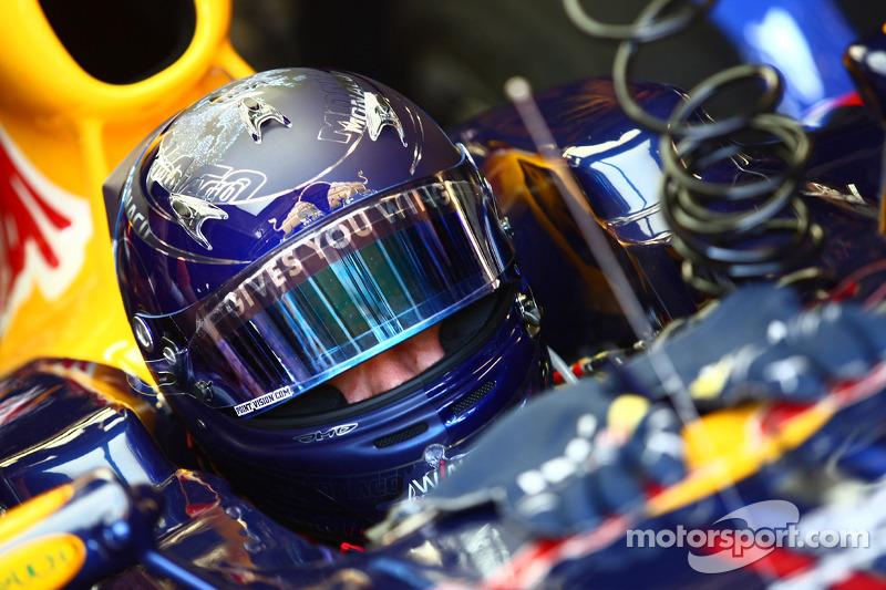Sebastian Vettel, Red Bull Racing met nieuwe helm